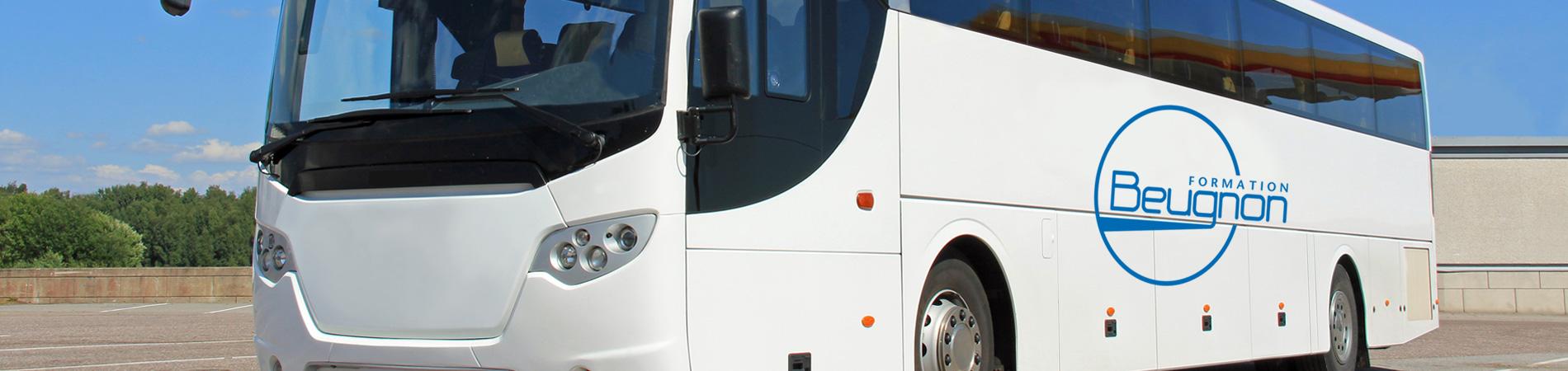 transport de voyageurs à Angers, Saumur, Poitiers, Niort, Nantes, Le Mans